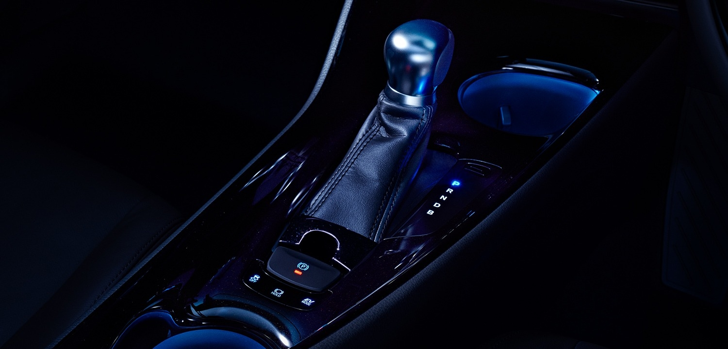 carlineup_c-hr_interior_top_pic_02_01_pc